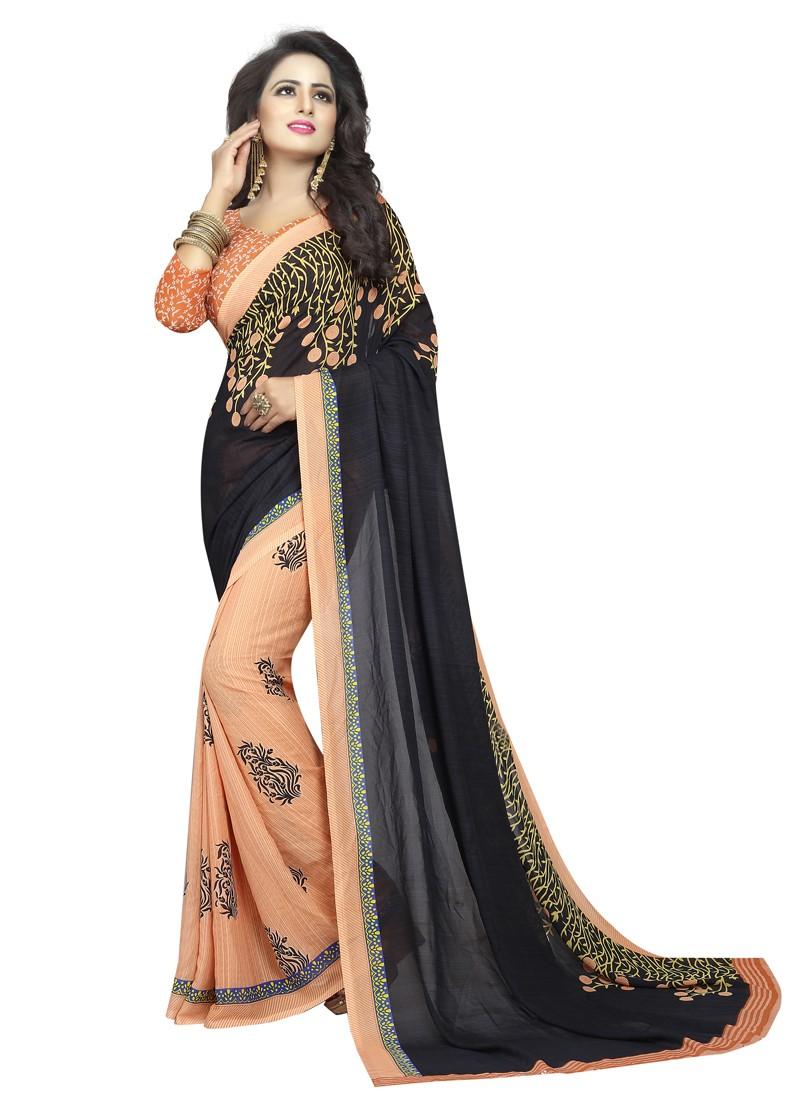Saree Delhi woman