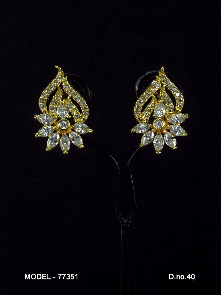 pendientes chapados oro flor y hoja