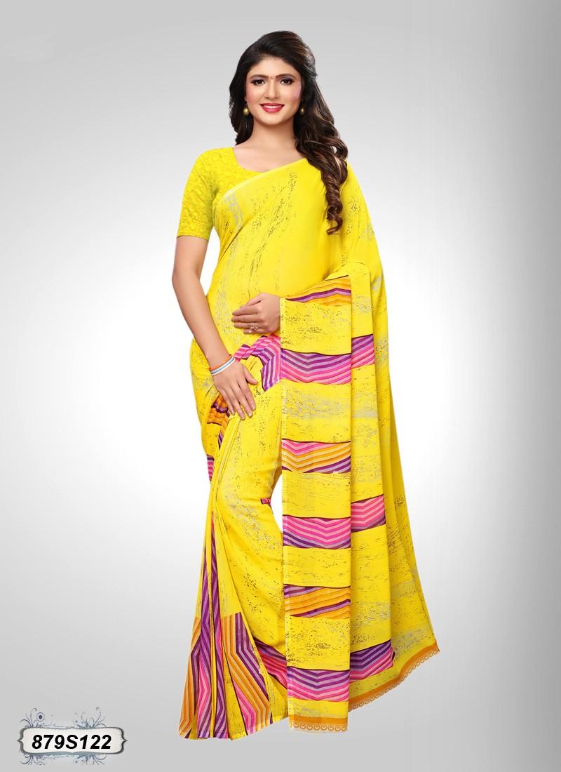 Saree Happy Look