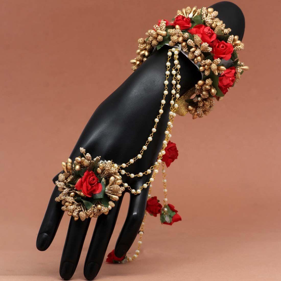 Pulsera india de rosas rojas