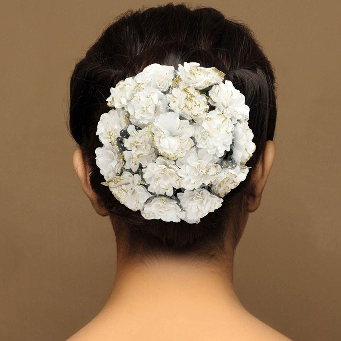 Tocado moño flores blancas
