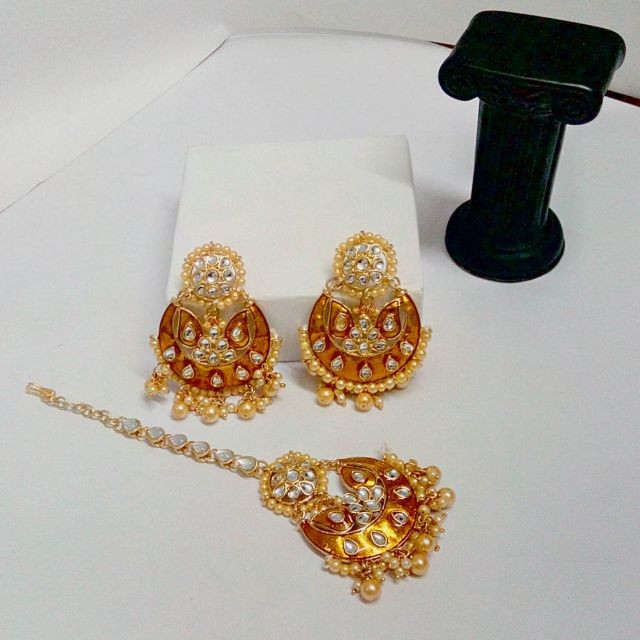 conjunto hindu dorado y perlas marfil