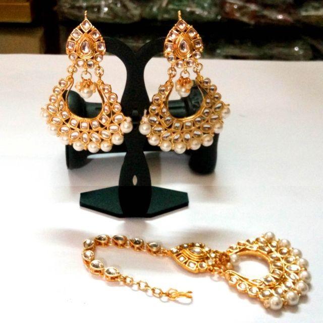 pendientes y tikka de novia perlas blancas