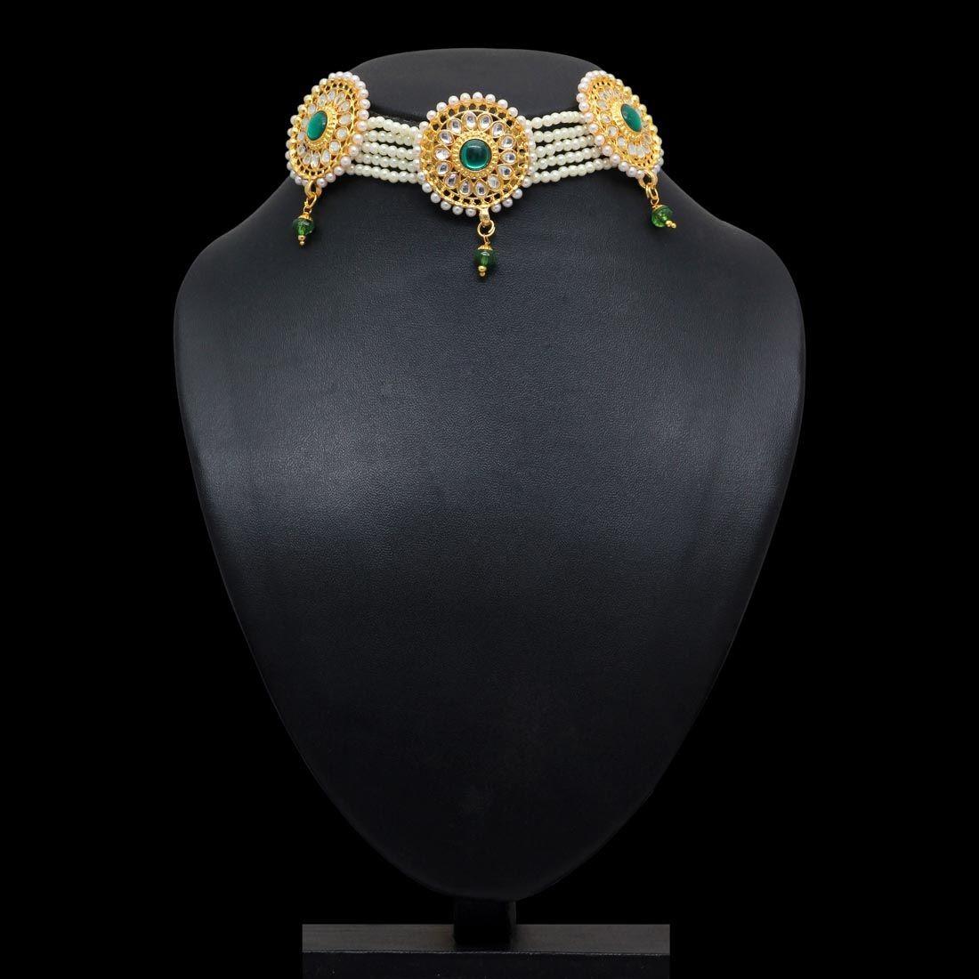 Choker perlas y piedra verde esmeralda