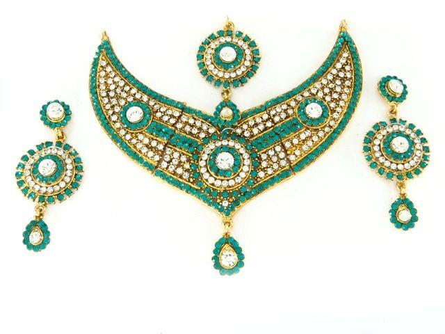 Conjunto turquesa collar pendientes y tikka