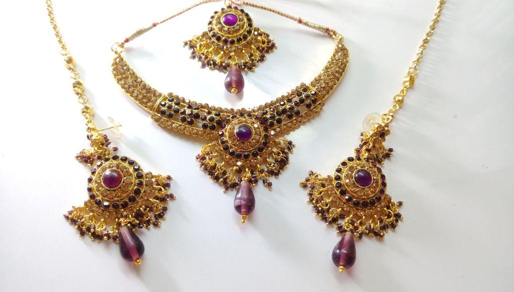 Conjunto piedras moradas Bollywood style