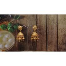 Pendientes colgantes campanas talladas