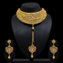 Conjunto dorado Bollywood