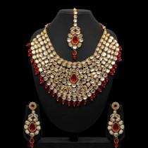 Conjunto tradicional rojo kathak