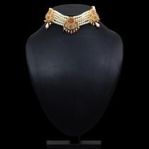 Choker perlas y piedras brillantes