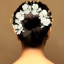 Tocado rosas blancas novia