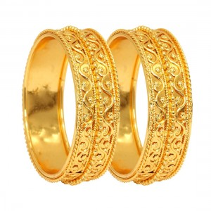 Pulseras doradas estilo arabe
